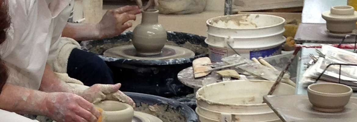 Pottery Courses for Enthusiasts